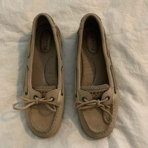 Woman's Leather Sperry Topsiders Sz 5.5, GUC